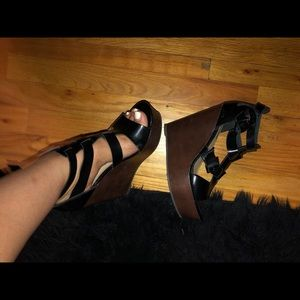 Sz 7.5 forever21 wedges